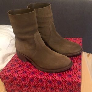 BRAND NEW Tory Burch ankle boots